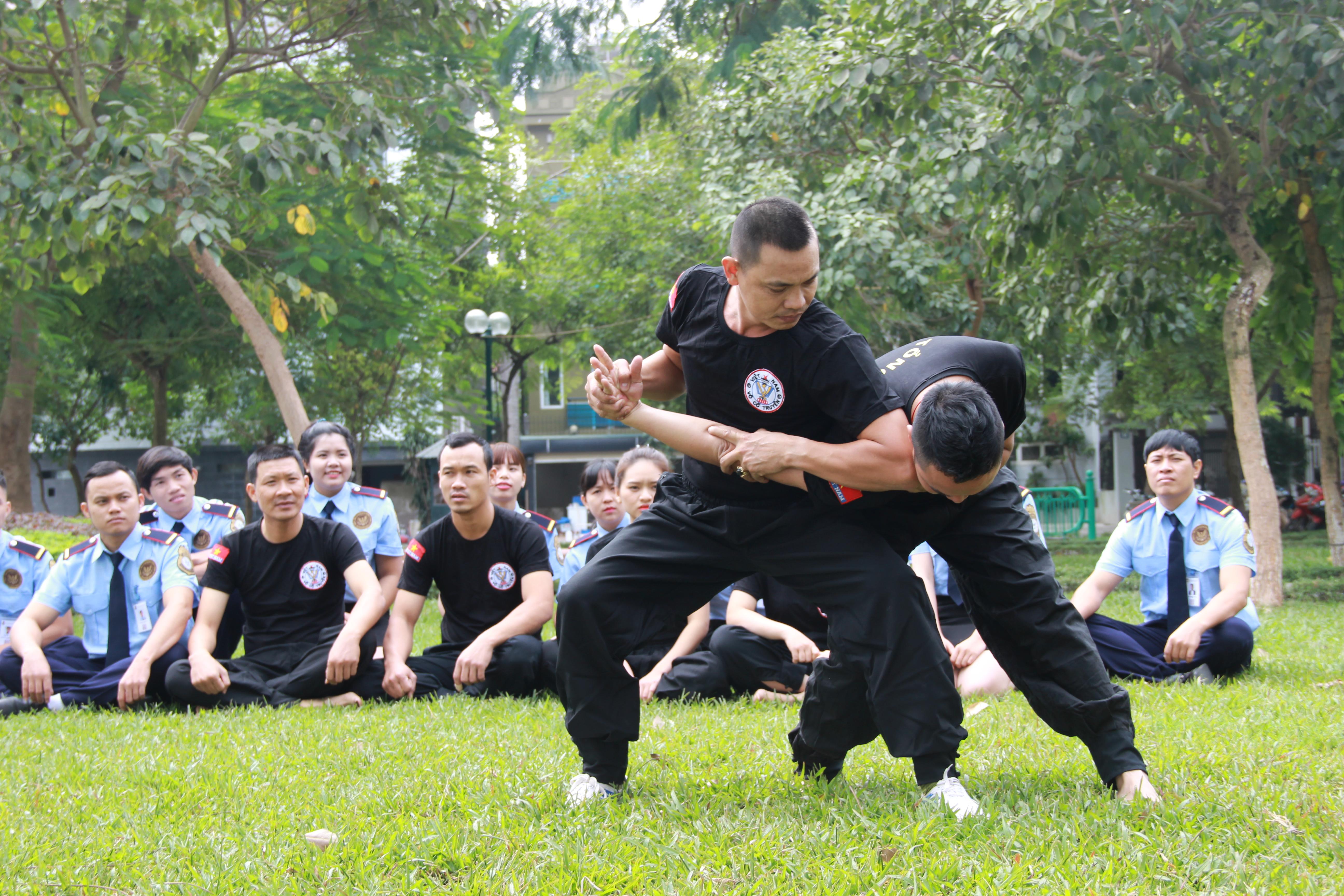 đào tạo nhân viên bảo vệ công ty
