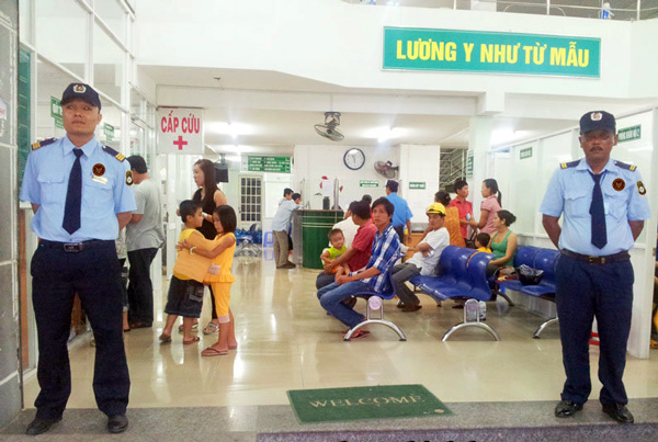 Dịch vụ bảo vệ phòng khám